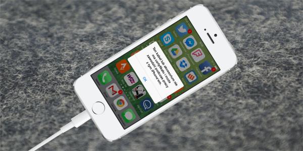 Nieoryginalny zasilacz do iPhone'a – pozbądź się go jak najszybciej!