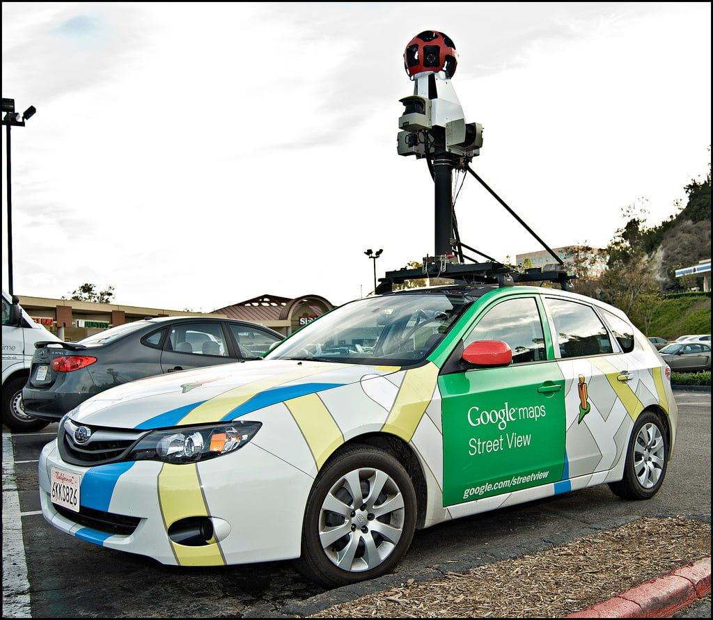 drony-apple-maps-google-car-street-view