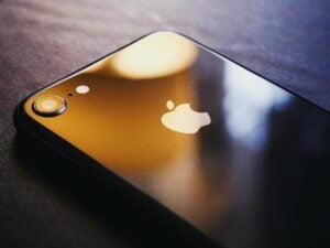 Znaleźliśmy sposób na to, jak odzyskać lub zmienić Apple ID!